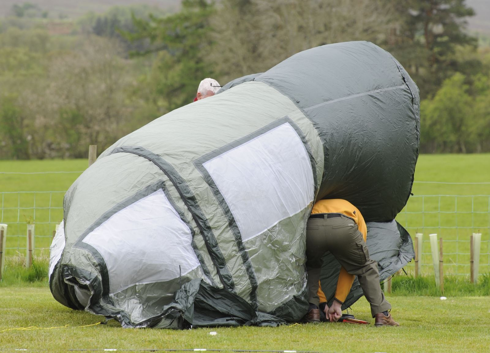 Top tips for camping in windy weather Practical Advice
