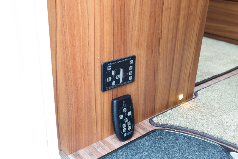 How to Level Your Caravan Automatically - Practical Advice