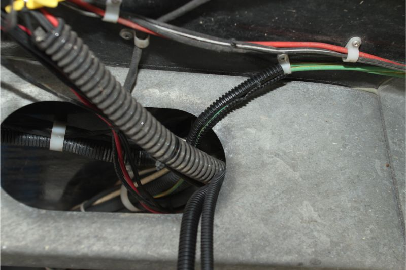 motor mover cabling