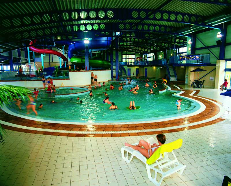 Touring Caravan Sites With Swimming Pools