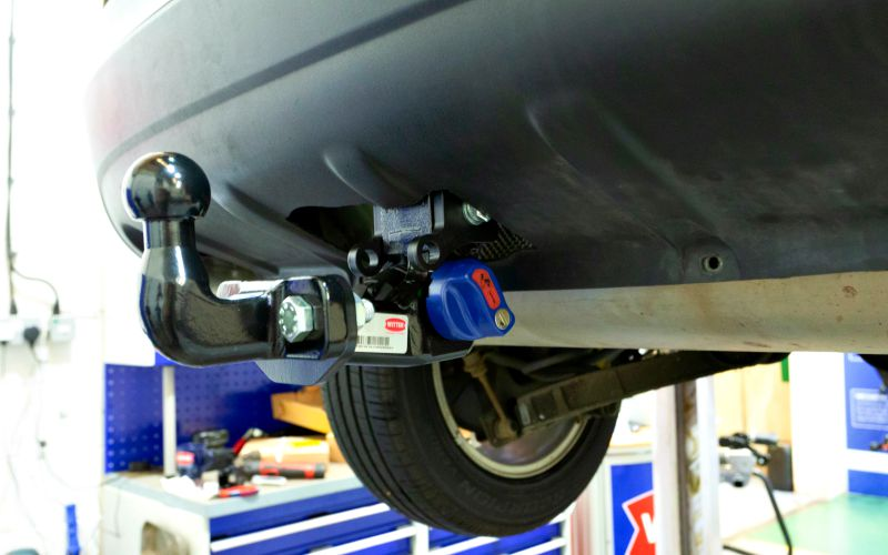 flange type tow bar