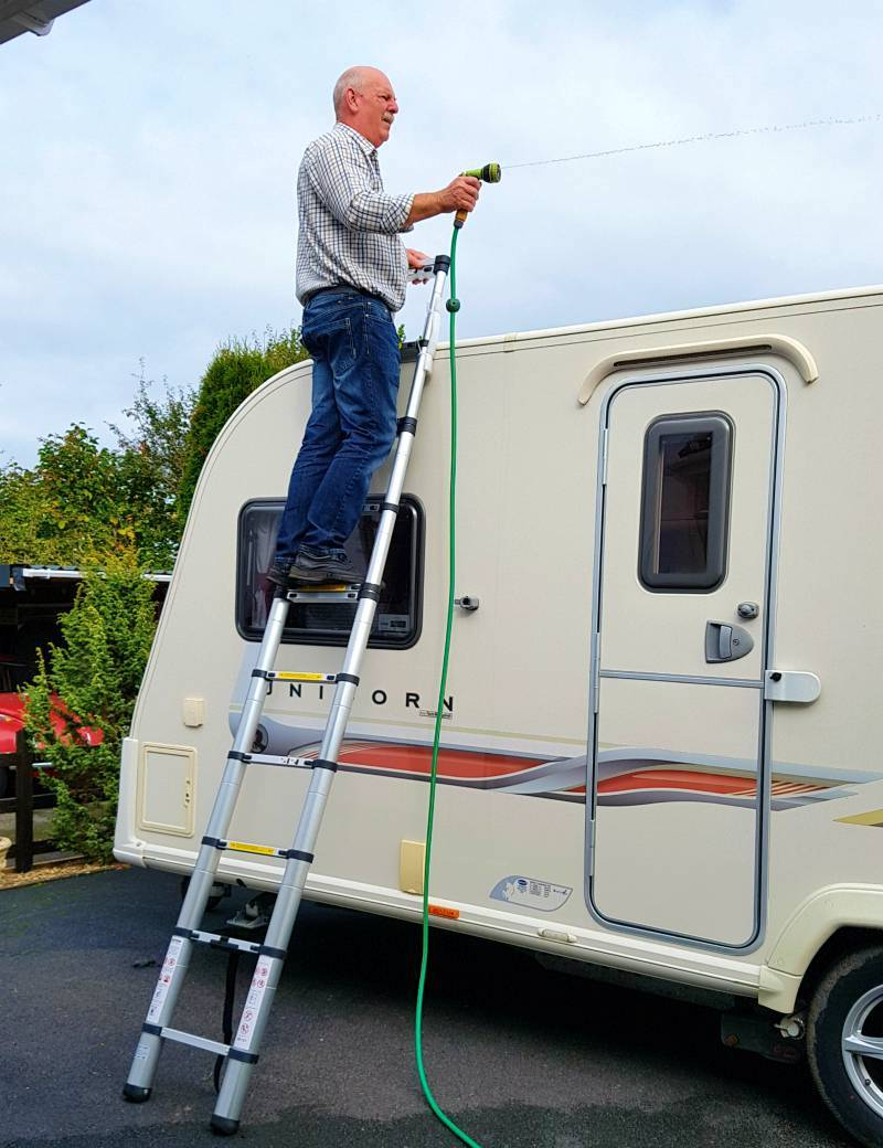 cleaning the caravan roof