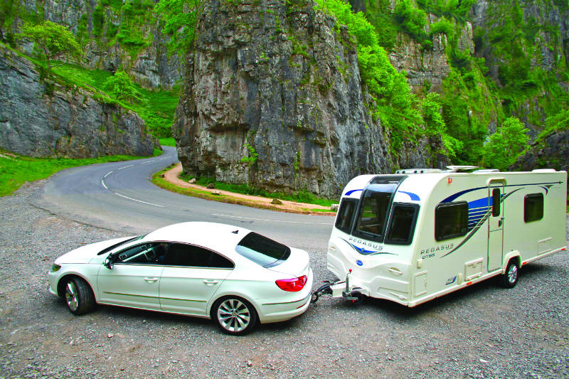 Towing a caravan with a VW Passat