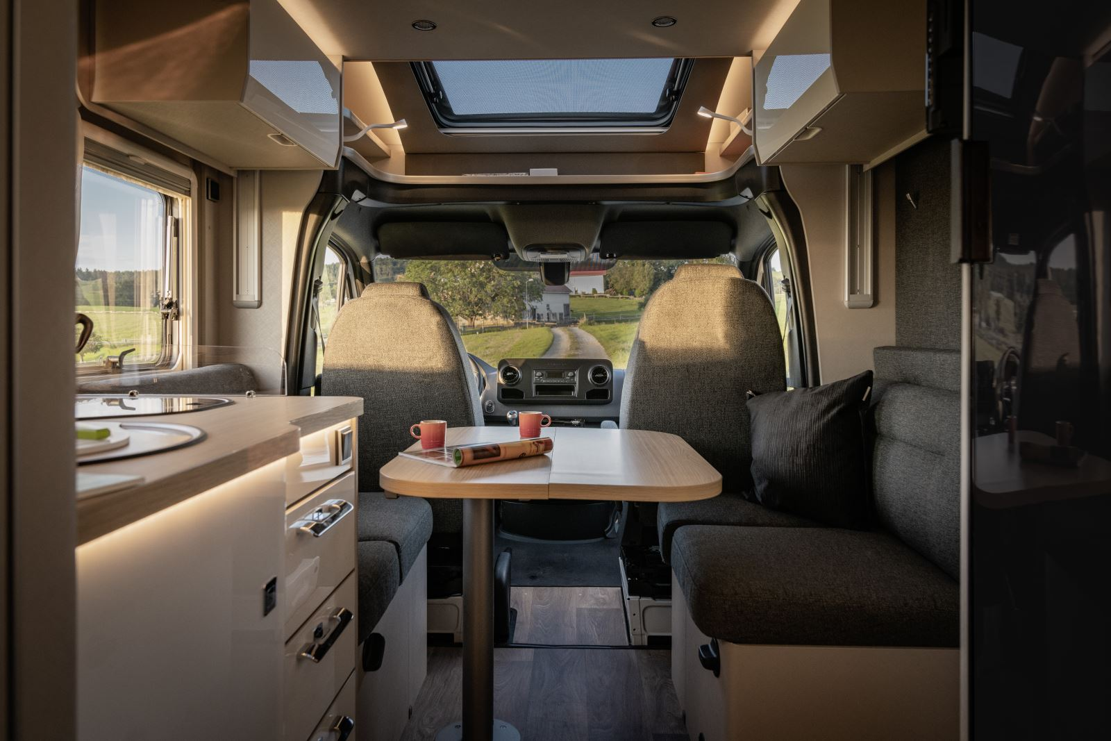 Interior of the Hymer T-S 695