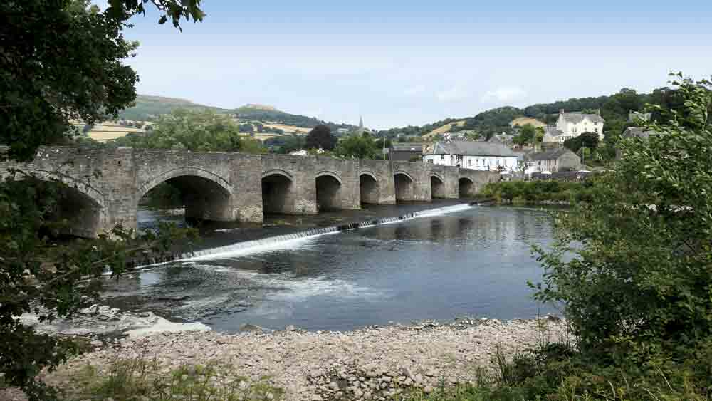 Image of Crickhowell with Crug Hywel (Table Mountain) in the background