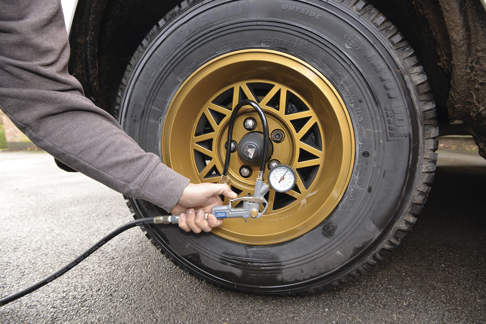 An airline can pump the tyre up to motorhome pressures