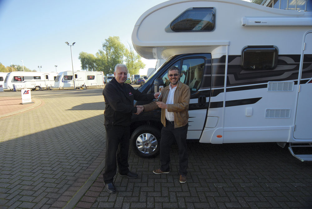 Buying a motorhome from a motorhome dealer