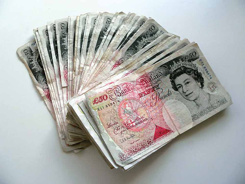 fifty pounds notes