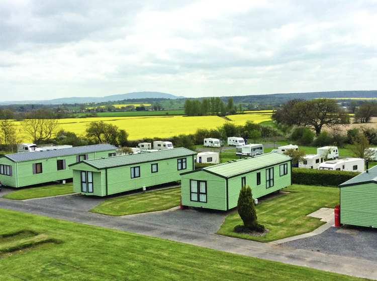 Beaconsfield Park lodges
