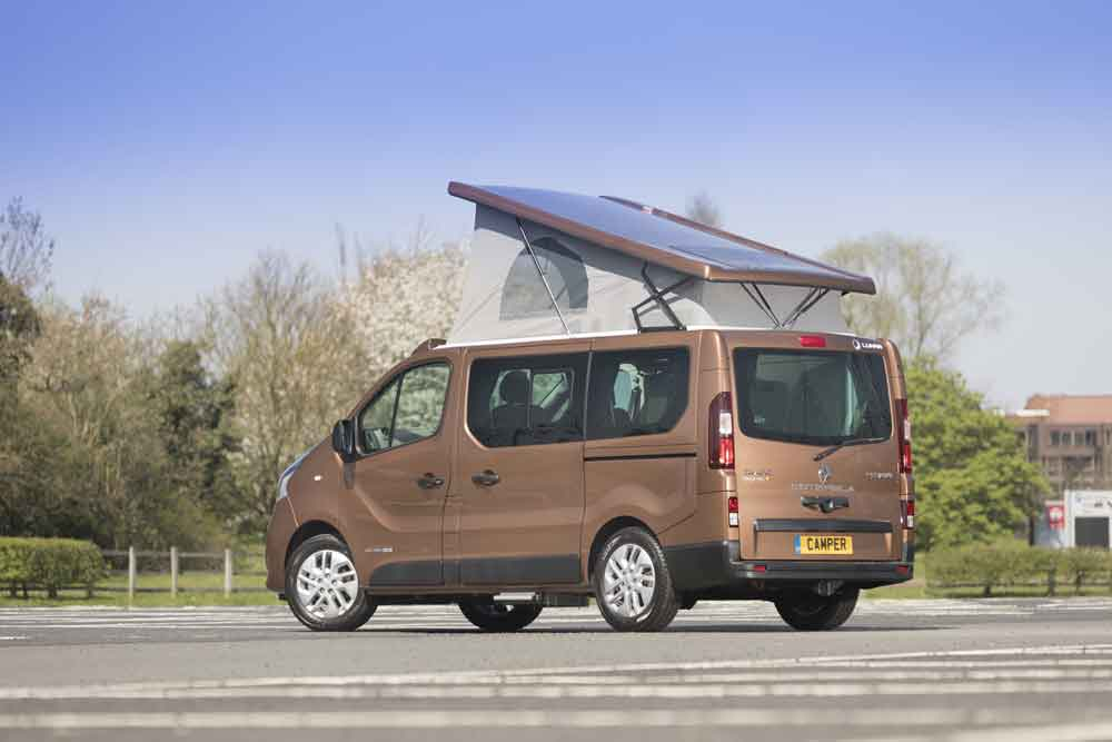 eb051ebbbf6c4a The Esterela is produced by Lunar Campers and is powered by Renault s  twin-turbo 145hp dCi engine with start stop technology alongside a new  regenerative ...