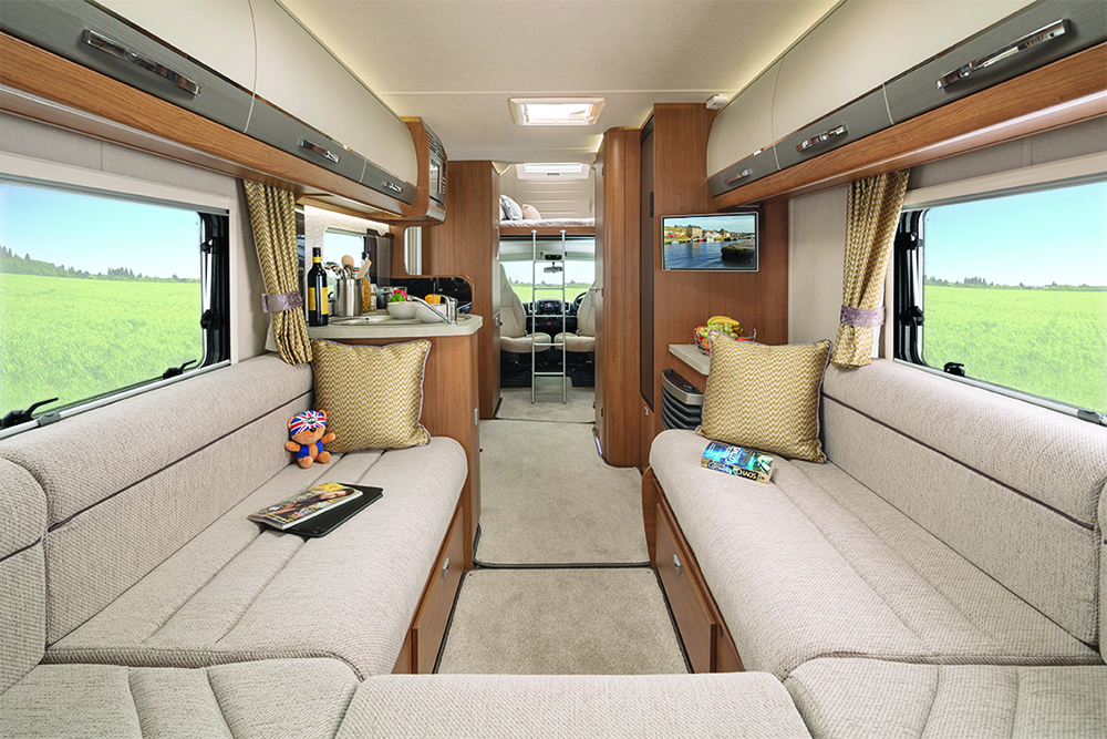 Rear lounge layout interior